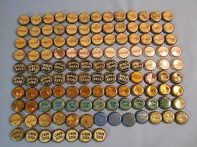 Vtg Lot of 124 Cork Lined Soda Bottle Caps - Coke, Pepsi, Try-Me, Squeeze, Moxie
