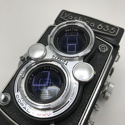 Yashica 635 Twin Lens Reflex Camera WORKS