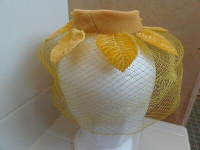 Vintage Ladies Hats Fascinators With Netting Lot Of 2  Kentucky Derby