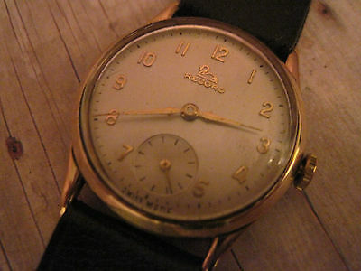 vintage mens RECORD watch in 9k solid yellow gold w/new band