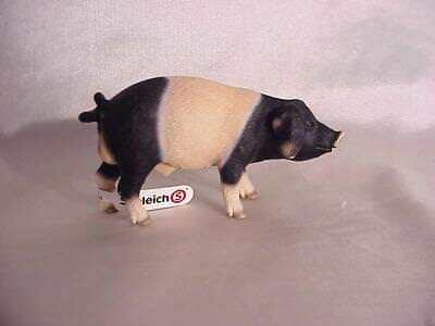 New with Tag Schleich Collectable Pig / Boar 13643 Figurine