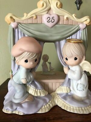 "Precious Moments RARE Figurine/Music Box ""The World Is A Stage LE and Signed NIB"