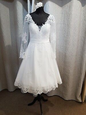 BNWT Vintage Ivory V Neck Tea Length Lace Wedding Dress With Sleeves 12 16 20