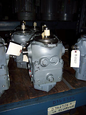 New Sundstrand 18-2034 Variable Piston Pump (Nos)