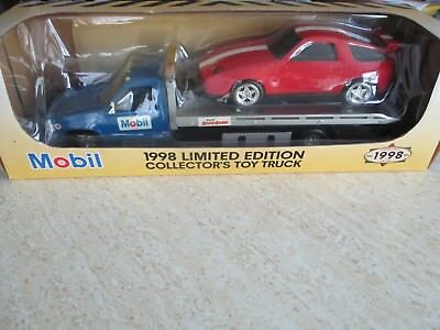 1998 Mobil Limited Edition Collector's Toy Truck with Working Lights & Lift Bed