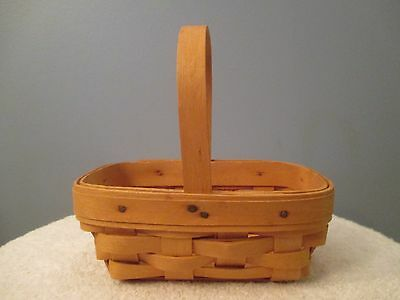 2001 Small Longaberger Basket with Handle