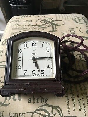 SMITHS MANTLE CLOCK BROWN BAKELITE ART DECO STYLE SECTRIC CLOCK 240v WORKING