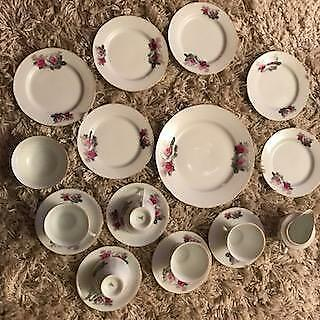 Vintage chinese porcelain tea set cup, saucers & plate