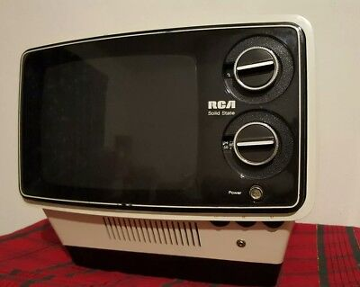 Rca 1976 Retro Space Age Small Tv Set Model Aa 097Y For Restoration