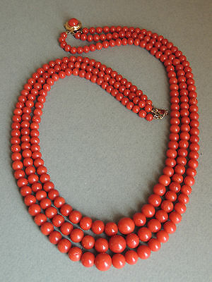Gorgeous Natural Red Coral Bead Necklace 18k Gold Clasp 87 GRAMS!!