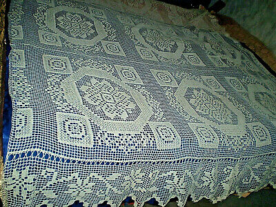 ANTIQUES  BEAUTIFUL HANDMADE CROCHETED  TABLECLOTH  BEDSPREAD + pillow