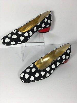 Vintage Ramon Tenza Black &White Dress Pumps With Red Heart 1 Inch Heel Size 6M