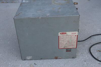 Used Dayton Refrigerated air dryer. 10 SCFM @ 100 PSIG & 100 DEGREES F