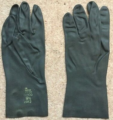 British Army Nbc Protective Gloves. Mixed Sizes. Brand New In Packaging.