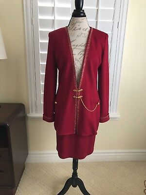 ST JOHN by Marie Gray Santana collection Knit skirt Suit in cranberry, size 10