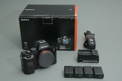 Sony Alpha a7S FULL FRAME 12.2MP Digital Camera (Body Only) 4 Batteries +Charger