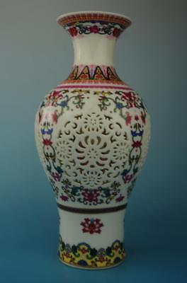 chinese old hand-made famille rose porcelain flower pattern hollow out vase