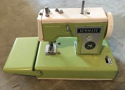 Vintage Sewmate Tin Sewing Mate Machine Toy Lime Green Made In Japan Working