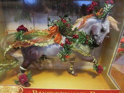 Collectible BREYER HORSE Bayberry & Roses 2014 Holiday Christmas 200117 NEW Box