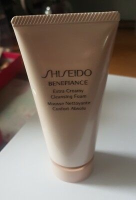 SHISEIDO Benefiance Extra Creamy Cleansing Anti-Aging 50 ml