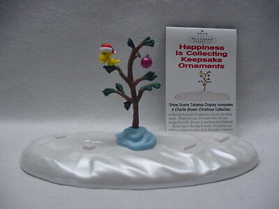 Hallmark Christmas 1995 Tabletop Snow Scene / Peanuts Charlie Brown Christmas Bx