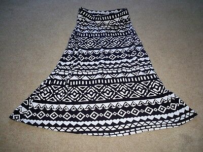 Adorable Girls Justice Long Black/white Skirt Size 8