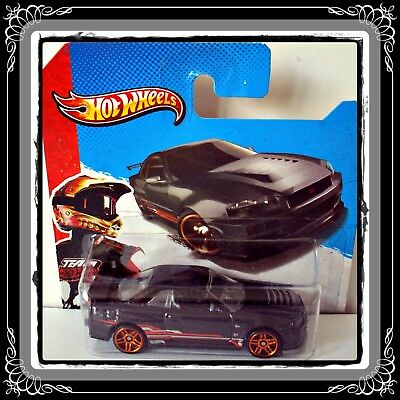 Hot Wheels Showroom 2013 - * Nissan Skyline Gt-R [R34] *