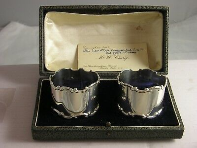 SUPERB BOXED PAIR 1923 Silver Napkin Rings 48 grams great condition Williamson