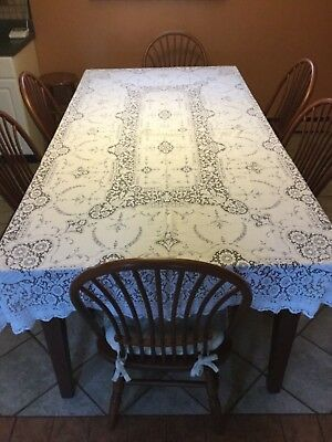 Early Vintage Cotton Baroness Quaker Lace Tablecloth Pattern 5420 Oblong 51 x 98