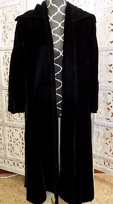 VINTAGE ORIGINAL LILLI DIAMOND OF CALIFORNIA Long Black Velvet Jacket Coat