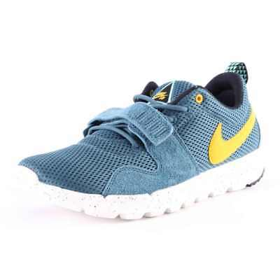 Nike SB Skateboarding Trainerendor Shoes In Night Factor Varsity Maize SL UK 5