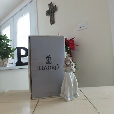 LLADRO SPRING BOUQUET # 7603 MINT w/ BOX & NEW DISPLAY STAND FAST SHIPPING!!!