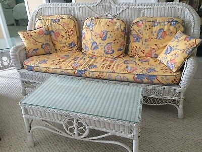 Antique Wicker Sofa Set with Sofa, 2 Chairs, 1 End Table, 1 Coffee Table