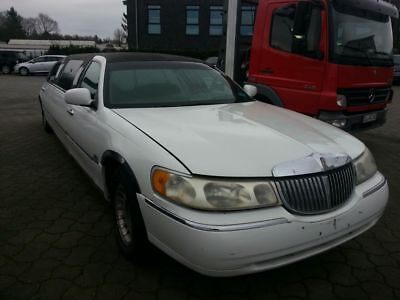 Lincoln Town Car 4,6 Liter 7,2 m lang