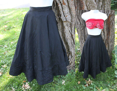 Vtg 50s Taffeta Rockabilly Circle Skirt w Quilted Hem Detail S