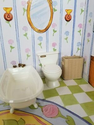 Eden 1990u0027s Madeline Doll House Furniture Lot Bathroom Toilet, Tub, Hamper