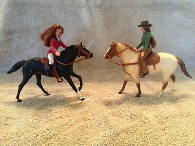 Breyer Model Horses Paddock Pals Lot Of 5 Horses And Two Riders