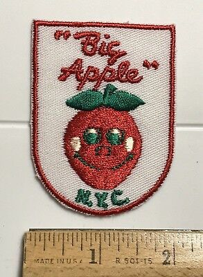 New York City The Big Apple NYC Smiley Face Apple Embroidered Souvenir Patch