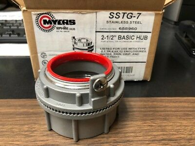 """Cooper Crouse-Hinds Myers SSTG-7 Stainless Steel Hub with Grounding 2-1/2"""""""