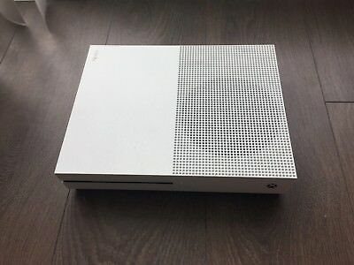 Microsoft Xbox One 500GB White Console with 2 Controllers + Games
