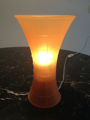 Lampe de table orange Birzi Giancarlo Fassina Luceplan