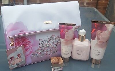 aa2f8fd8754a75 TED BAKER BLUSH Bouquet Make-up Wash Bag Gift Set BNWT NEW - £20.00 ...