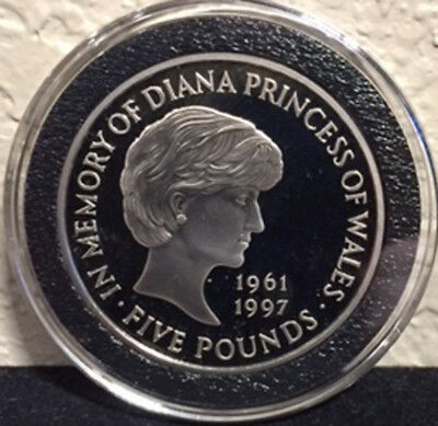 1999 Great Britain 5 Pounds Diana Memorial Proof 92.5% Silver in Air-Tite