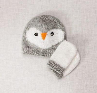 Twilleys - Knitting Kit - Penguin Hat & Mitts - Grey - 2898/4038