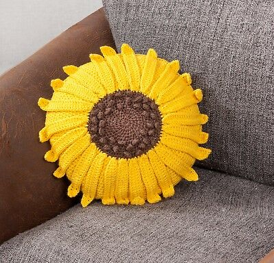 Twilleys - Crochet Kit - Sunflower Cushion -  2898/4034