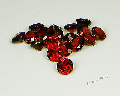 Genuine Mozambique Red Garnet Round VVS (Excellent Quality)
