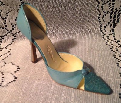 Just The Right Shoe - Turquoise Treasure - December Birthstone