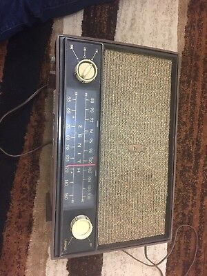 Vintage White 1950s ZENITH Chassis 7C02-7C06 AM/FM Tabletop Tube Radio - Works