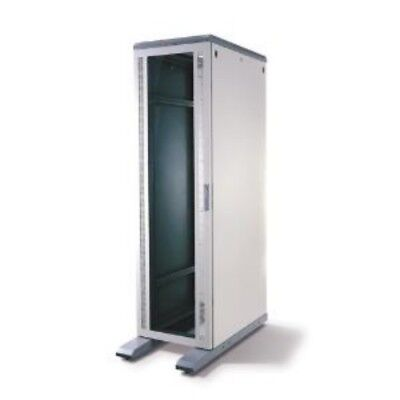 NEW APC AR100 NETSHELTER 13U WALLMOUNT-GLASS DOOR....b.