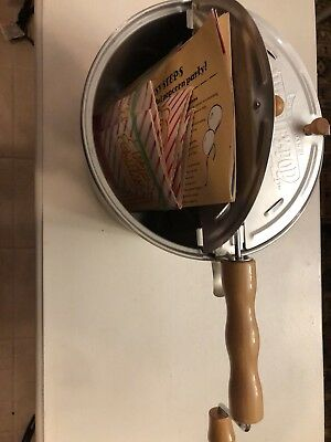 Used Wabash-Popcorn Stovetop Popcorn Popper in excellent condition.